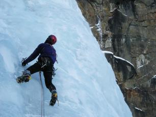 Ice Climbing - Cascata di Patri (Cogne, Aosta Valley)