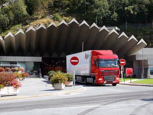 Mont Blanc Tunnel - Courmayeur to Chamonix, Italy to France