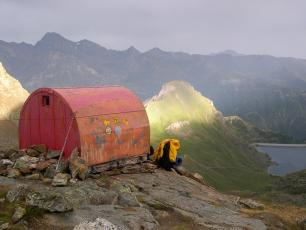 A hut/bivouac Tour of the Cervin / Matterhorn