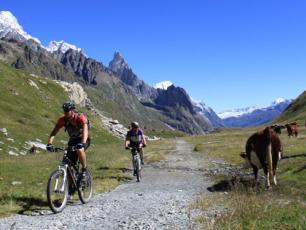 Mountain Bike Tour de Mont Blanc