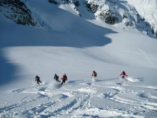 Off-piste skiing in Courmayeur